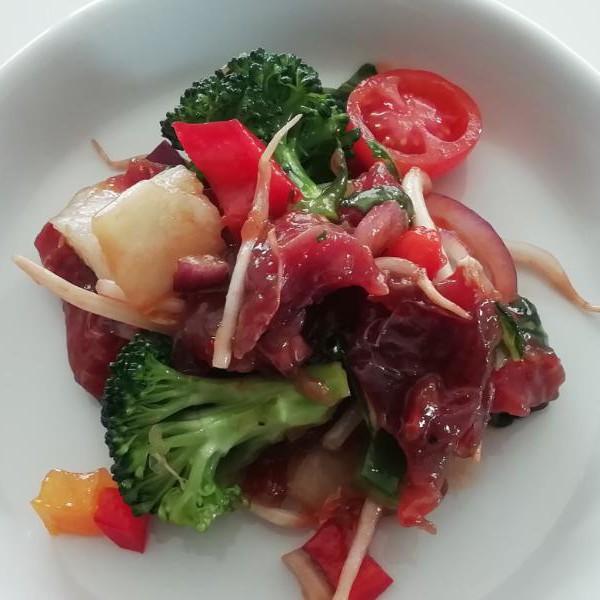 wok met verse tonijn